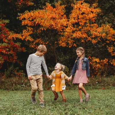 three littles autumn leaves