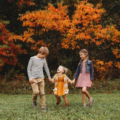 three littles autumn leaves